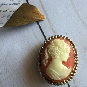 Aristocrat brooch